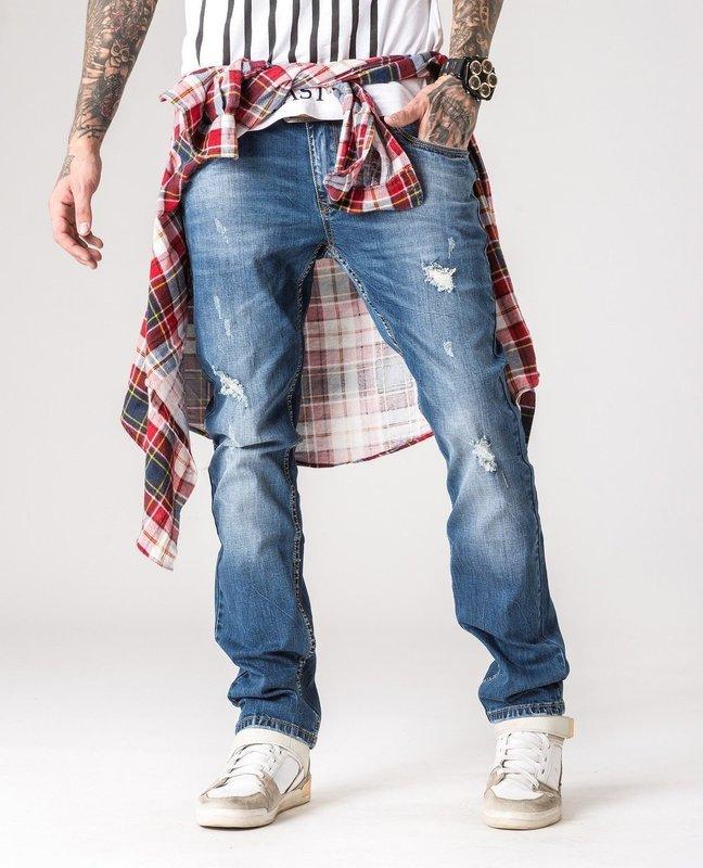 Модный цвет мужских джинсов