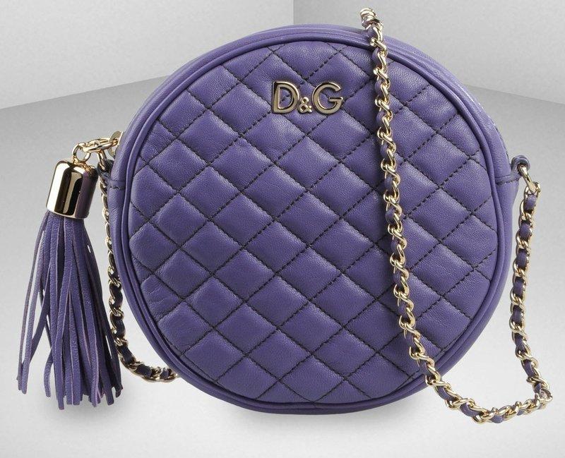 Круглая сиреневая сумочка D&G