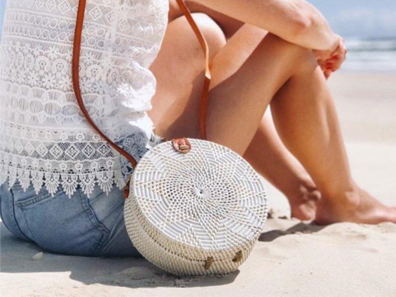 Круглая вязаная сумка