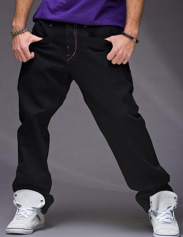 Широкие мужские джинсы
