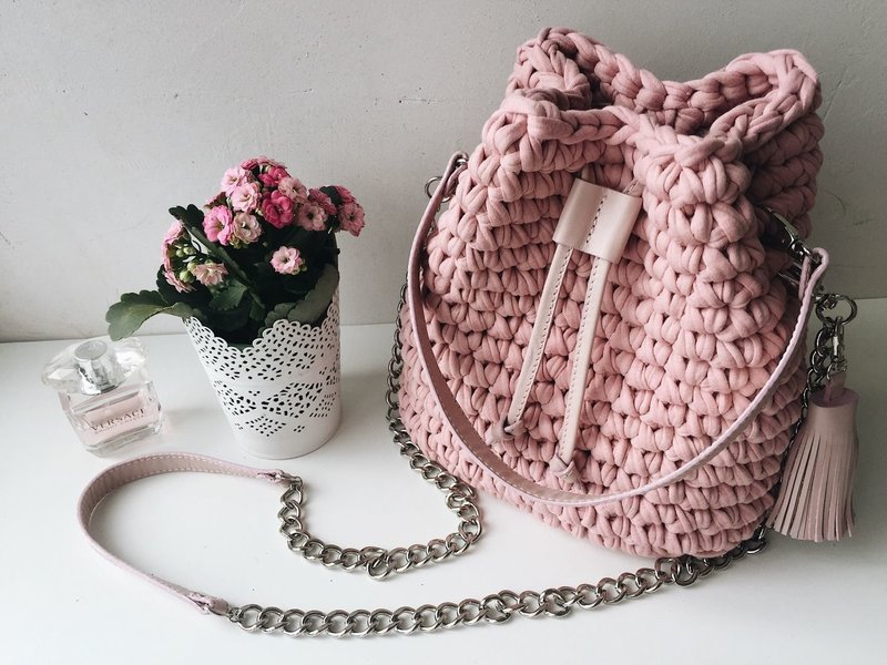 Вязанный рюкзак