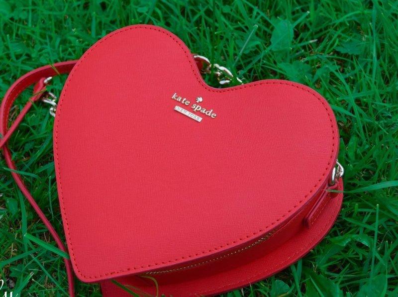 Сумочка в форме сердца