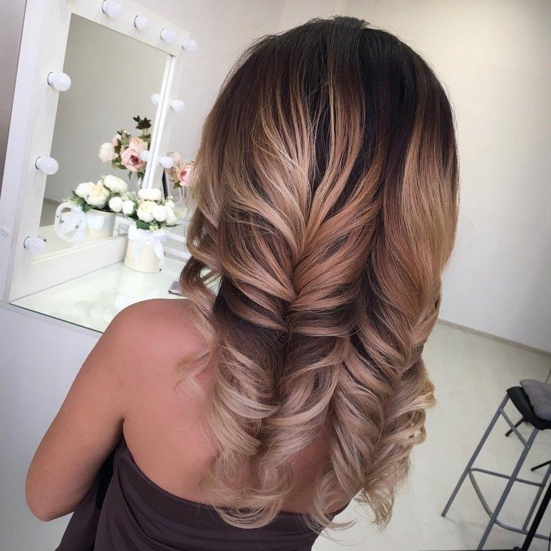 Косы на полураспущенные волосы