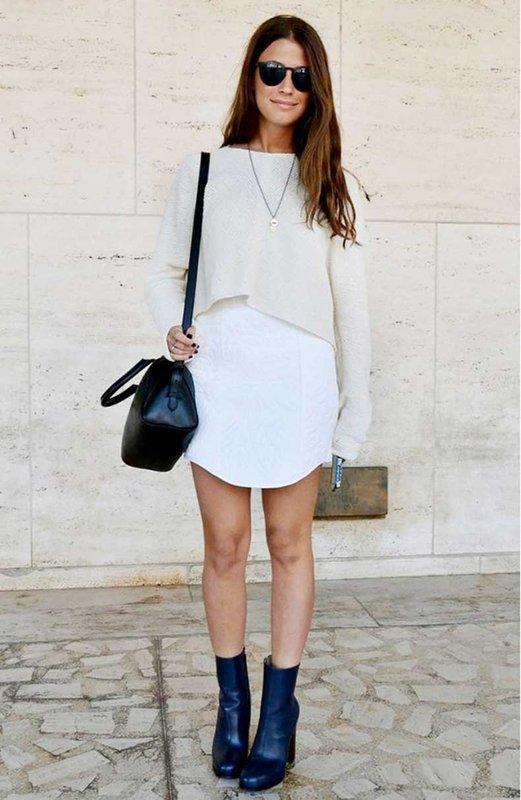 Кроп-свитер, одетый поверх платья