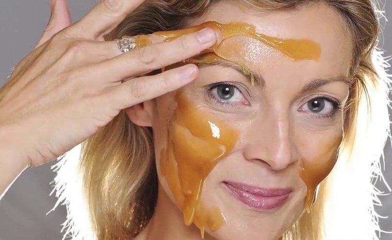 Питательная маска для лица из меда