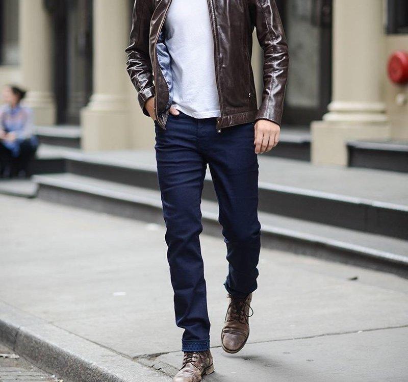 Повседневный стиль с прямыми джинсами