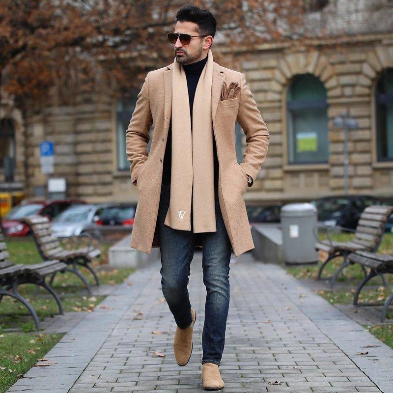 Модные фасоны и расцветки мужских шарфов