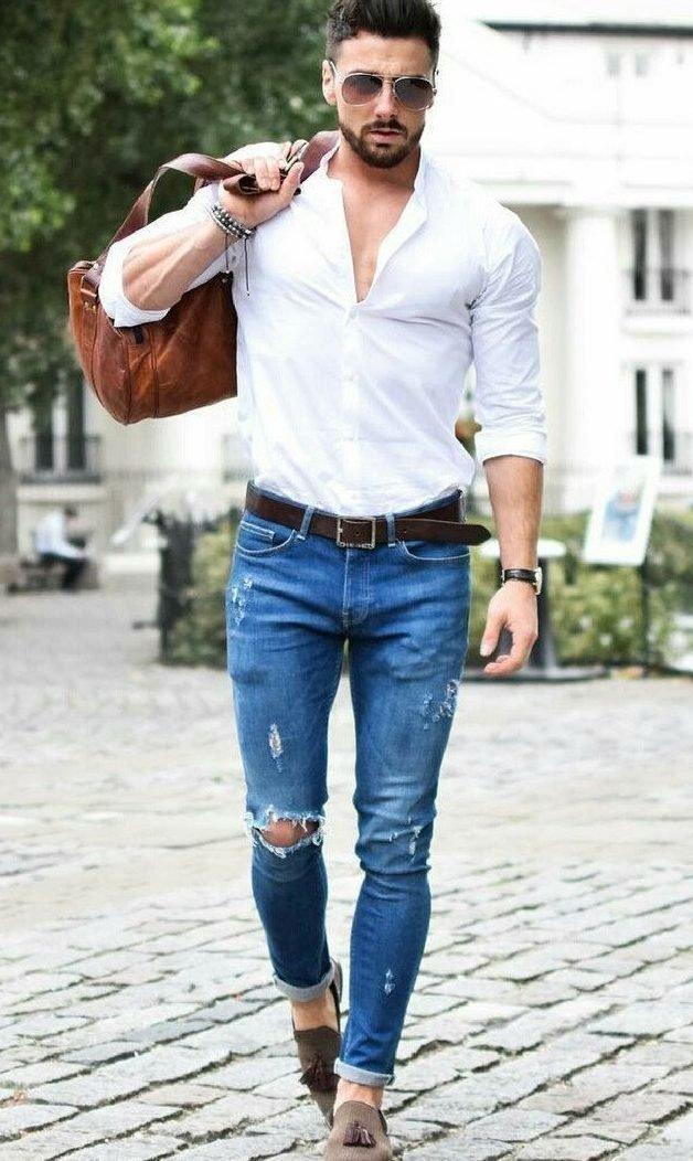 Мужчина в стильных джинсах