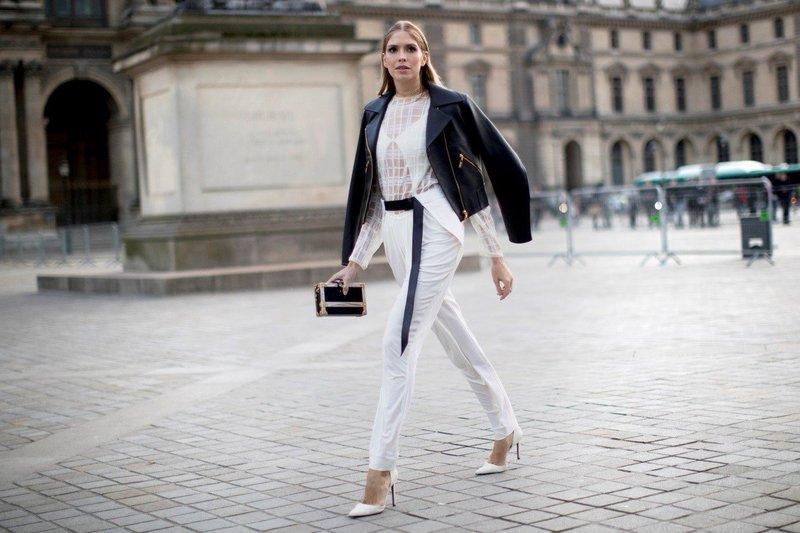 Белые брюки с поясом