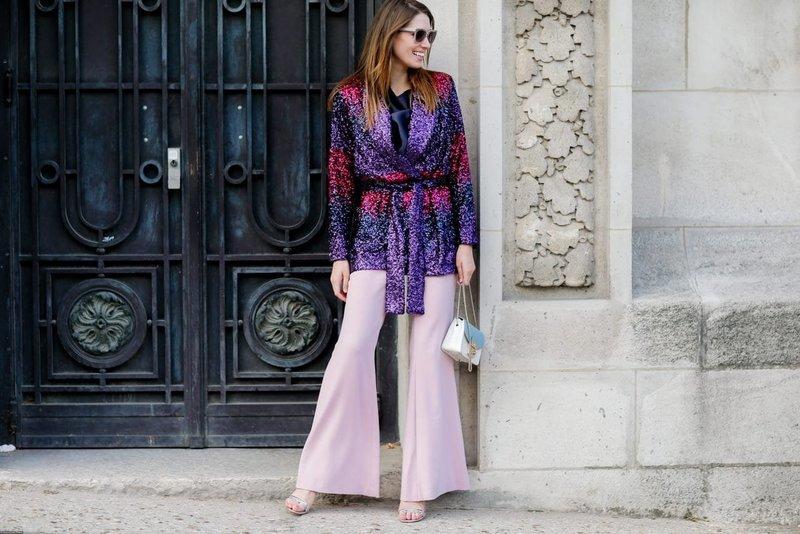 Розовые брюки-клеш