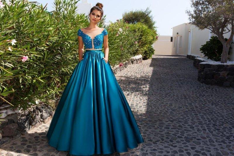 Платье кроп-топ с пышной юбкой