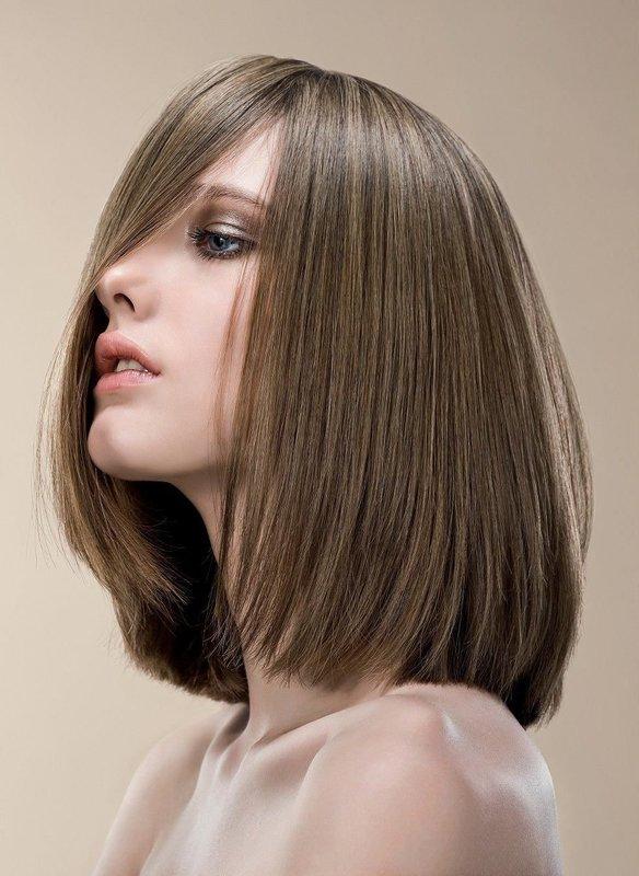 Удлиненное каре на средние волосы
