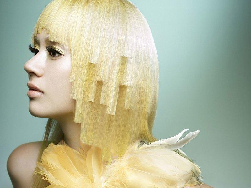 Необычная стрижка на средние волосы