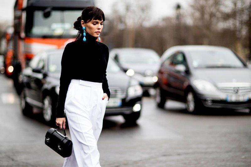 Белые брюки с завышенной талией