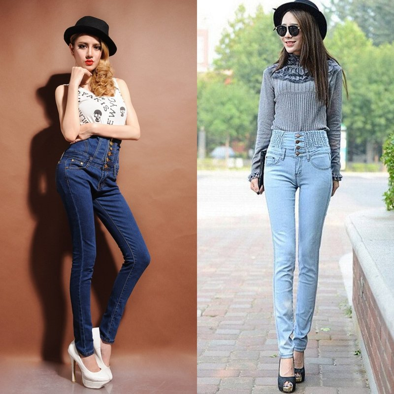 Девушки в джинсах с очень высокой талией
