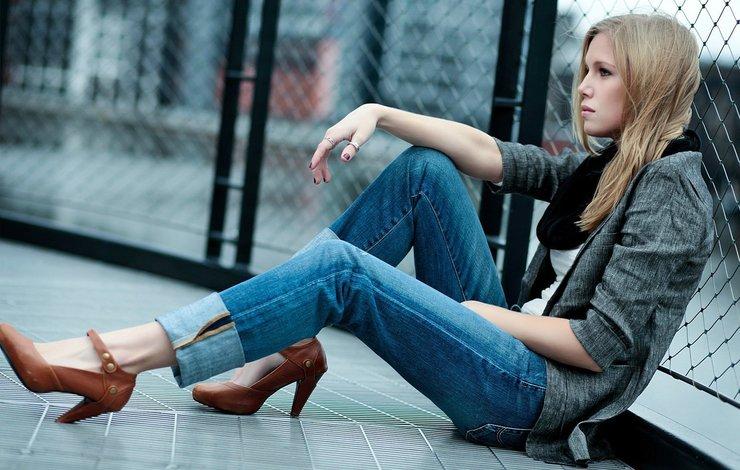 Модные женские джинсы: тренды и новинки 2019