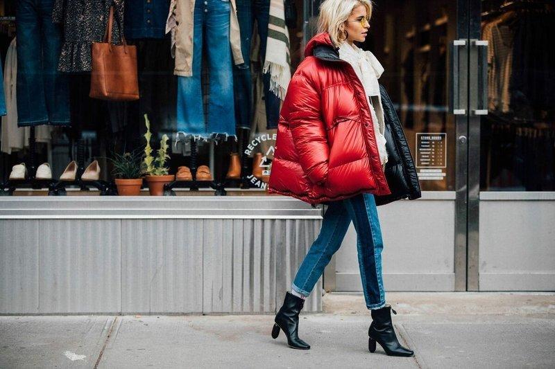 Красная куртка оверсайз