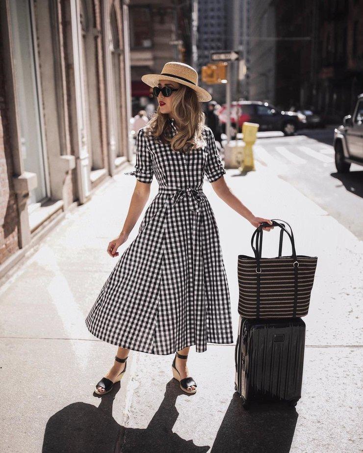 Модное платье-рубкашка