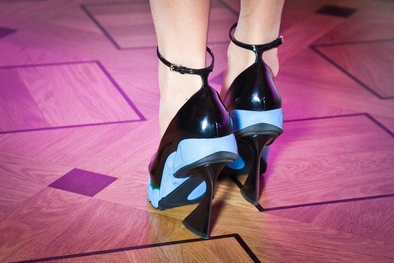 Необычная форма каблуков