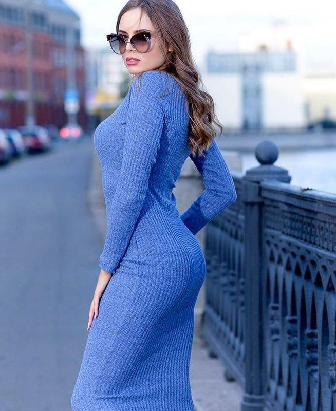 Зимнее красивое платье
