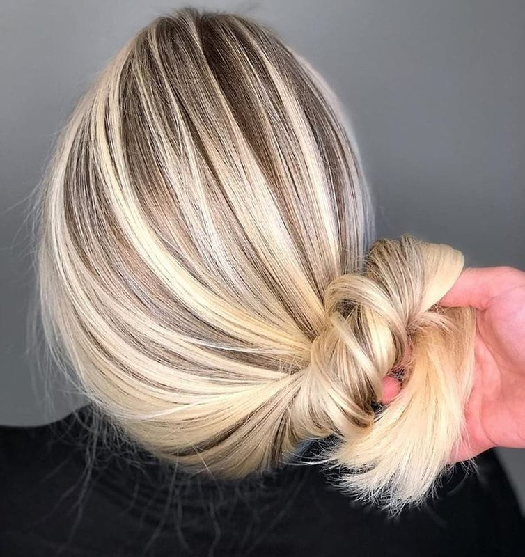 Балаяж на светлых волосах