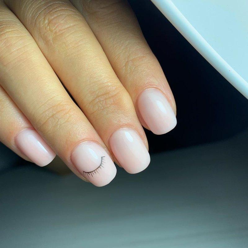 Реснички на ногтях