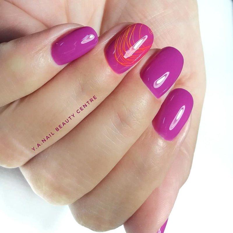 Ногти цвета фуксия