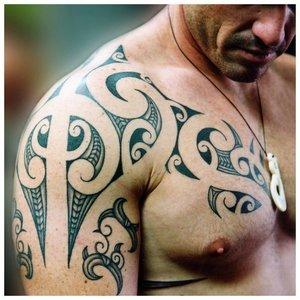 Кельтский узор на плече
