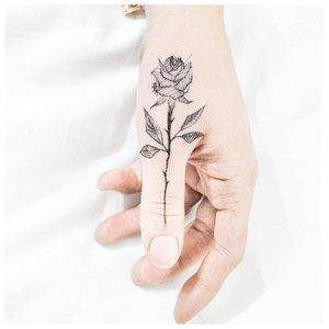 Цветок на палец