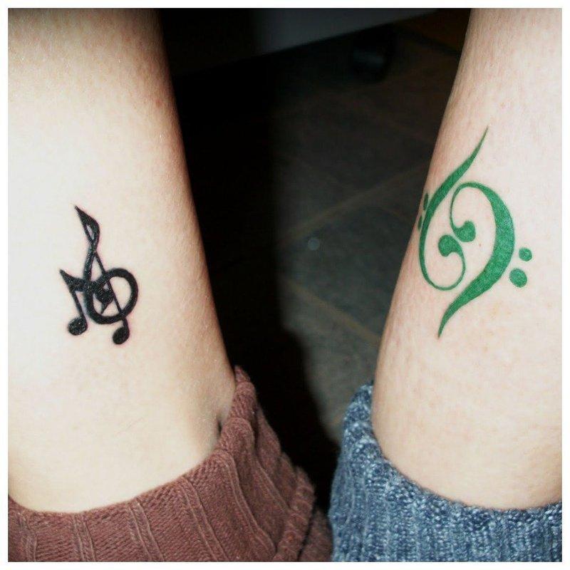 Музыкальный знак парное тату
