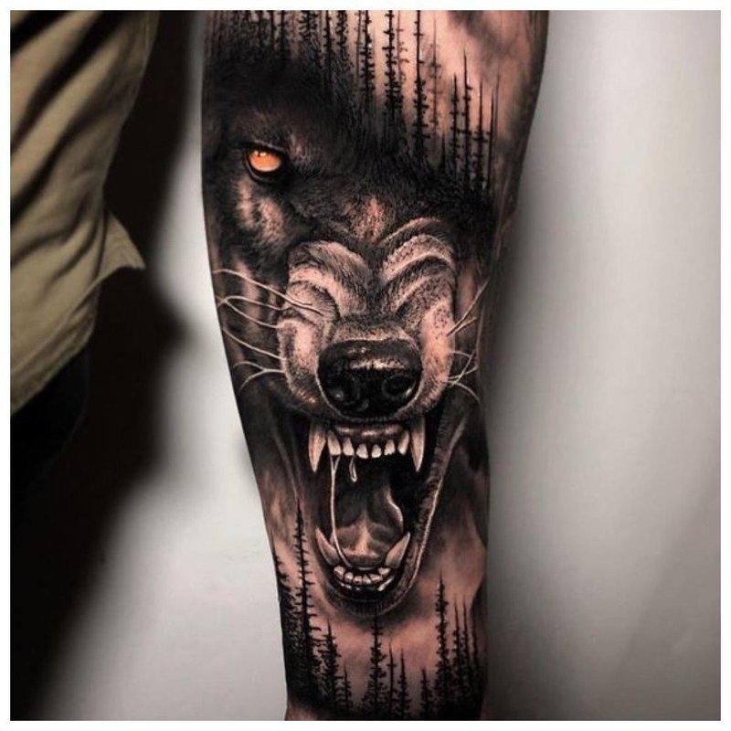 Разъяренный волк - мужское тату