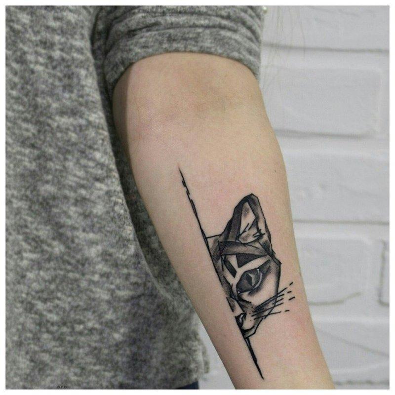 Анималистическая тематика для тату на предплечье