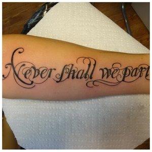 Готический шрифт для тату