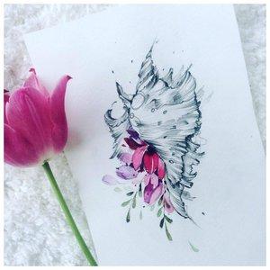Акварельный эскиз цветка для тату