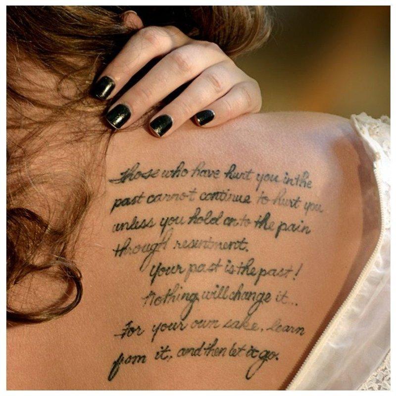 Курсивный оригинальный шрифт для тату