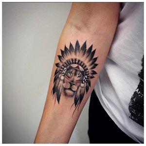 Анималистическая тематика тату на предплечье
