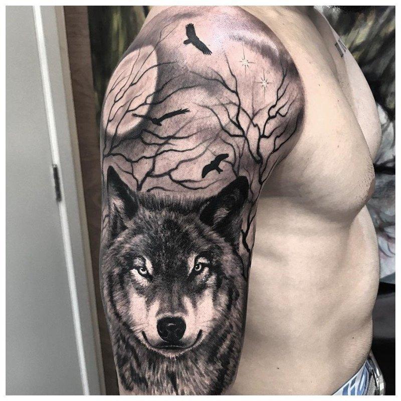 Волк в леву - мужское тату