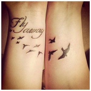 Оригинальная надпись тату