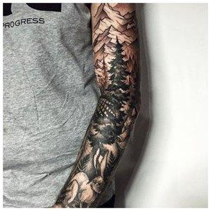 Мужская татуировка на руку