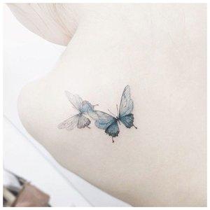 Нежное тату бабочки для девушки