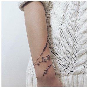 Круговая растительная тату
