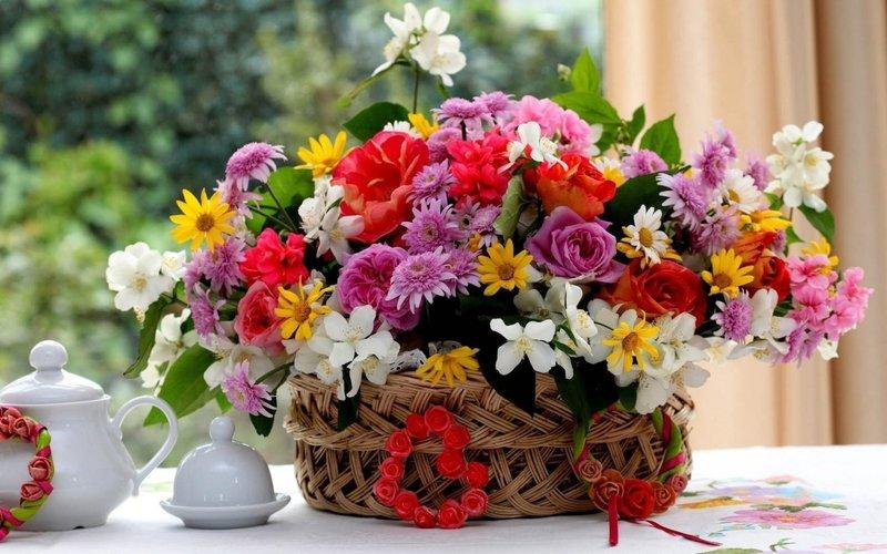 Нежный букет с полевыми цветами