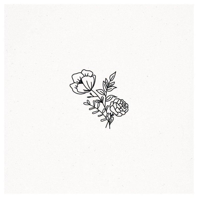 Эскиз небольшого цветка для тату