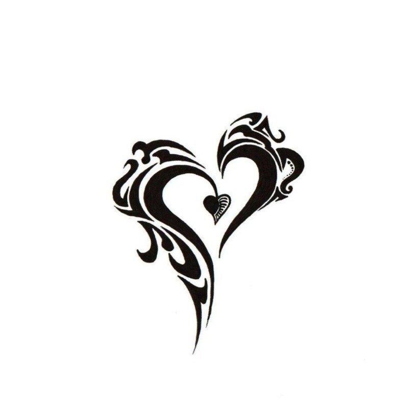 Оригинальная форма сердца для тату