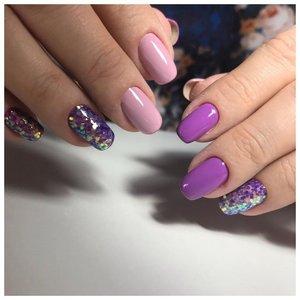 Фиолетовые ногти с блестками - камифубиками