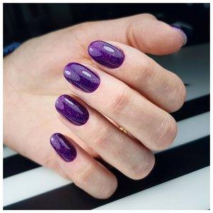 Просто фиолетовый маникюр