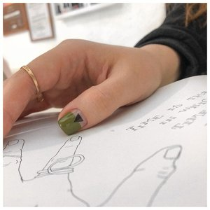 Дизайн на большом ногте