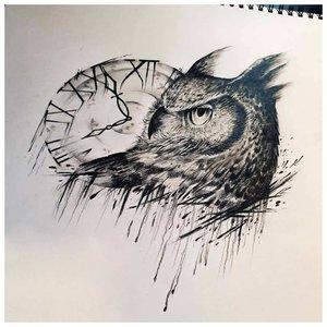 Эскиз головы совы с часами