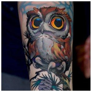 Крутое цветное тату совы
