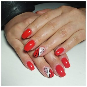 Абстракция на красных ногтях